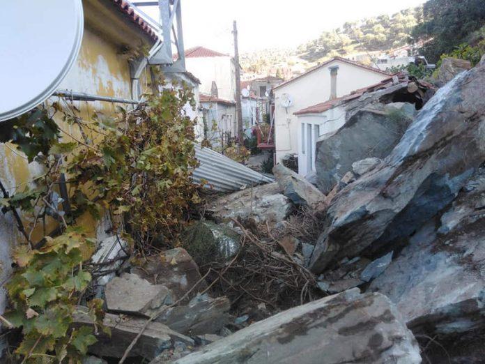 Λέσβος:Νύχτα τρόμου - Καταπλακώθηκαν σπίτια από κατολισθήσεις στο Πλωμάρι