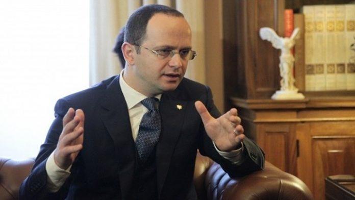 Προκαλούν την Ελλάδα - Μετά τον Ράμα σειρά πήρε ο Αλβανός ΥΠΕΞ
