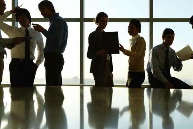 Κόλαφος η έκθεση της Κομισιόν για τα εργασιακά