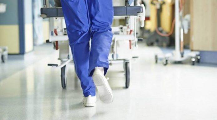 """Κορωνοϊός: Στη """"μάχη"""" και το νοσοκομείο Ερυθρός Σταυρός"""