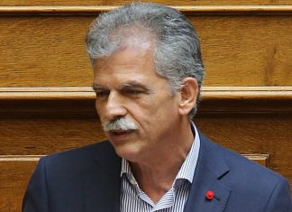 Σε αναμονή ο Δανέλλης για το ευρωψηφοδέλτιο του ΣΥΡΙΖΑ