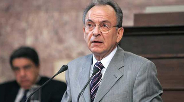 Πέθανε ο Δημήτρης Σιούφας