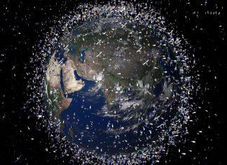 Τεράστια συσσώρευση διαστημικών σκουπιδιών - 500.000 γύρω από τη Γη