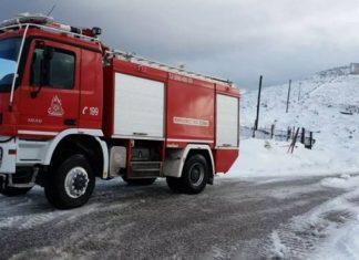Αττική: Πολλά προβλήματα αντιμετώπισε η Πυροσβεστική από τον χιονιά