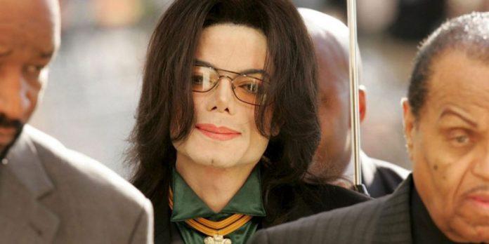Η πρώην καθαρίστρια του Jacko αποκαλύπτει: «Ο Μάικλ Τζάκσον ήταν πράγματι παιδόφιλος»