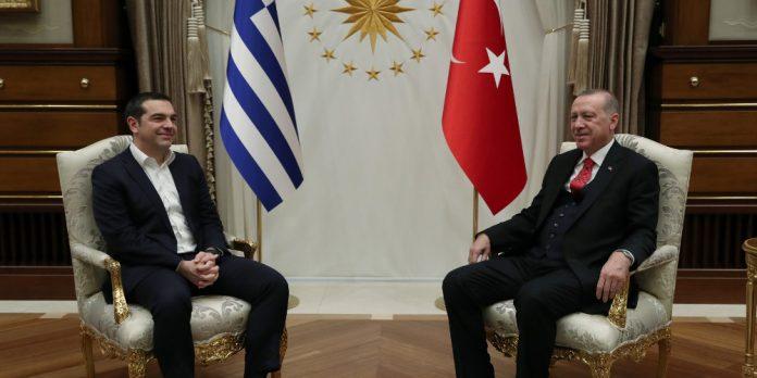 Κατευθείαν στο «ψητό» ο Ερντογάν – Ζήτησε τους Τούρκους στρατιωτικούς