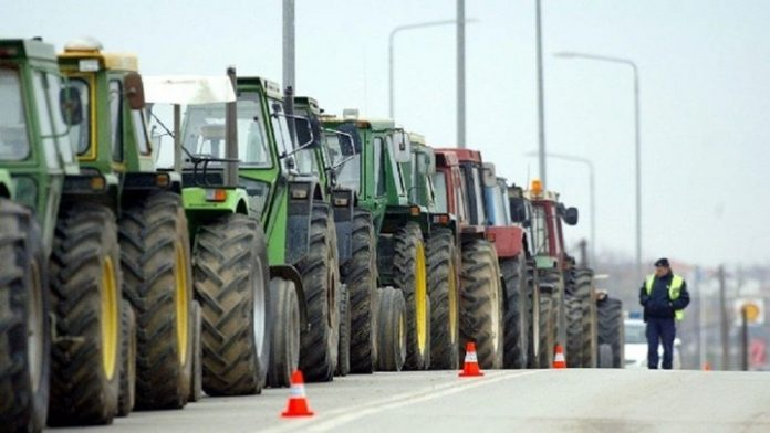 Οι αγρότες έστειλαν «τελεσίγραφο» στην κυβέρνηση μέχρι αύριο το απόγευμα
