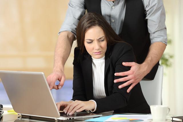 Πόσο αυξάνουν τον κίνδυνο πρόωρου θανάτου το εργασιακό στρες, ο κακός ύπνος και η υπέρταση