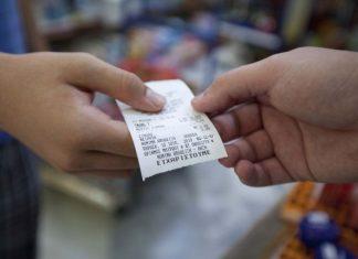 Ολική επαναφορά για τις χάρτινες αποδείξεις - Θα μετρούν και για τη Φορολοταρία