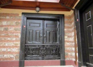 Οικουμενικό Πατριαρχείο: Γιατί είναι κλειστή η κεντρική πύλη εδώ και 198 χρόνια