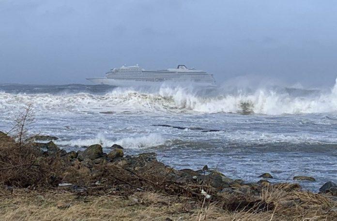 ΝΟΡΒΗΓΙΑ: Συνολικά 440 επιβάτες έχουν απομακρυνθεί από το κρουαζιερόπλοιο Viking Sky