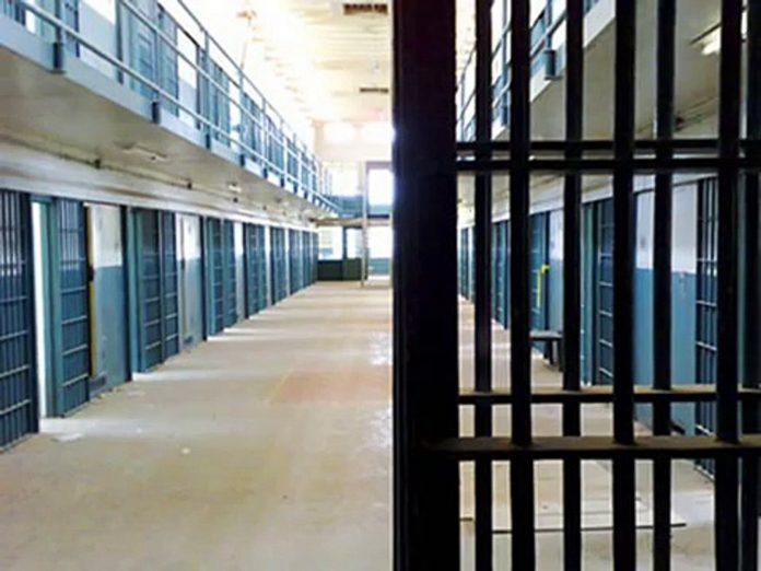 Έκτακτο: Απόδραση 4 κρατουμένων από τις φυλακές Τίρυνθας