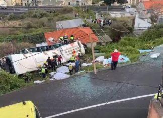 ΠΟΡΤΟΓΑΛΙΑ: Πολύνεκρο δυστύχημα με τουριστικό λεωφορείο