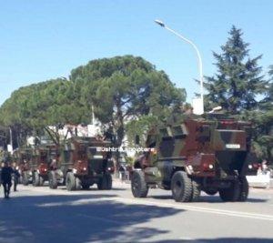 Βαλκάνια: ΗΠΑ και Ρωσία ξεφορτώνουν πυρετωδώς πολεμικό υλικό σε Αλβανία και Σερβία αντίστοιχα - Επηρεάζει την Ελλάδα;