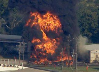 ΤΕΞΑΣ: Μεγάλη φωτιά σε εργοστάσιο χημικών – Πληροφορίες για έναν νεκρό