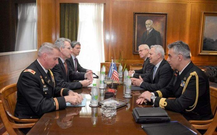 Συνάντηση Ευ. Αποστολάκη με τον Αμερικανό πρεσβευτή Τζέφρι Πάιατ
