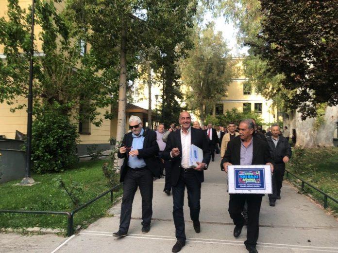 Βουλγαράκης: Κατέθεσε την υποψηφιότητα του συνδυασμού του «ΑΘΗΝΑ ΚΑΙ ΠΑΛΙ ΑΘΗΝΑ»