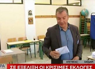 Θεοδωράκης: Με μήνυμα στους νέους άσκησε το εκλογικό του δικαίωμα