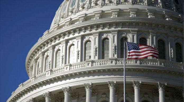 ΗΠΑ: Διαφωνούν οι κυβερνήτες αμερικανικών πολιτειών με τον Τραμπ για την πρόωρη άρση των περιοριστικών μέτρων