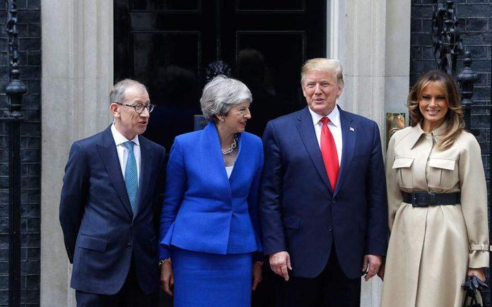 Συνάντηση Τραμπ - Μέι στη Ντάουνιγκ Στριτ με επίκεντρο την εμπορική συμφωνία