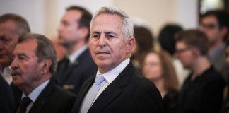 Αποστολάκης: Ο λαός πρέπει να είναι ήρεμος, οι Ένοπλες Δυνάμεις είναι εγγυήτριες ειρήνης