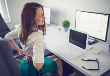 Πόνος στην πλάτη: 7 αιτίες που δεν πάει το μυαλό σας