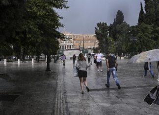 Καιρός: Μελτέμι, μπόρες και καταιγίδες μέχρι το Σάββατο