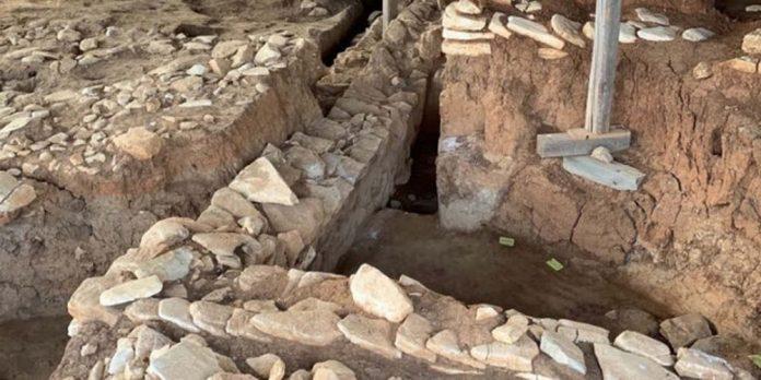 Φθιώτιδα: Εντυπωσιάστηκαν οι αρχαιολόγοι - Αποκαλύφθηκε οικισμός της Μέσης Νεολιθικής εποχής