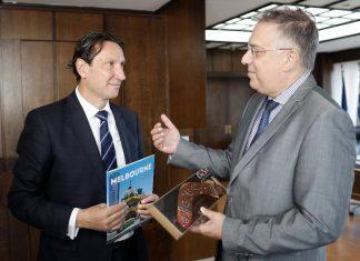 Ο Θεοδωρικάκος συναντήθηκε με τον πρόεδρο της ελληνικής κοινότητας της Αυστραλίας κ. Βασίλη Παπαστεργιάδη
