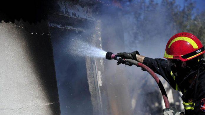 Ρέθυμνο: Σε εξέλιξη φωτιά - Οι ισχυροί βοριάδες δυσχεραίνουν το έργο της πυρόσβεσης