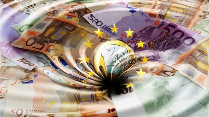 Το ελληνικό Δημόσιο δανείζεται για πρώτη φορά με αρνητικό επιτόκιο
