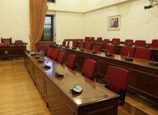 Folli Follie: Στη Βουλή η δικογραφία για τους δύο πρώην Υπουργούς Αλέκο Φλαμπουράρη και Αλέξη Χαρίτση