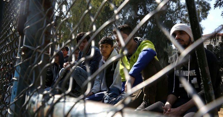 Λαμία: Μεταφέρονται 2.000 πρόσφυγες σε δομές – Οργισμένοι οι κάτοικοι