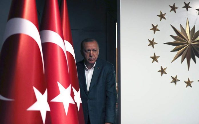 «Βόμβα» από το Politico: Ο Ερντογάν ίσως προκαλέσει θερμό επεισόδιο με την Ελλάδα