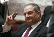 Θεαματική αλλαγή του πρώην πρωθυπουργού Κώστα Καραμανλή