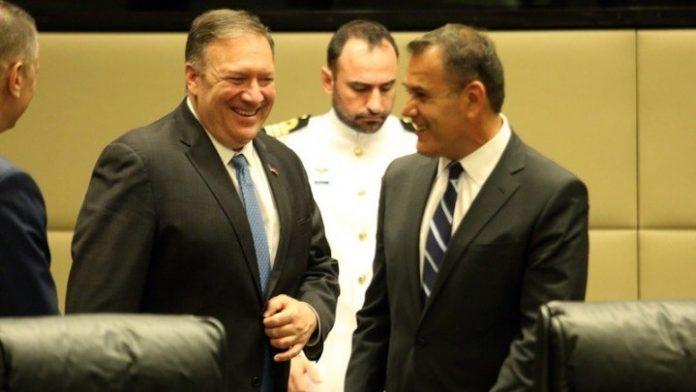 Συνάντηση με τον υπουργό Εξωτερικών των ΗΠΑ Μάικ Πομπέο είχε ο υπουργός Εθνικής Άμυνας Νίκος Παναγιωτόπουλος