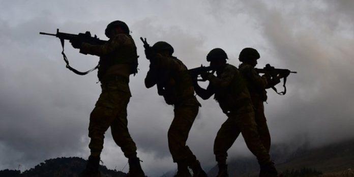 ΣΥΡΙΑ: Νύχτα πολέμου - Τούρκικα ΜΜΕ κάνουν λόγο για τουλάχιστον 70 Τούρκους νεκρούς στρατιώτες