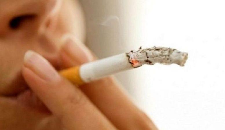Τι είπε ο Τσιόδρας για το κάπνισμα σε σχέση με τον κορωνοϊό