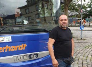 ΓΕΡΜΑΝΙΑ: Έλληνας οδηγός λεωφορείου, έσωσε από πνιγμό δίχρονο κοριτσάκι