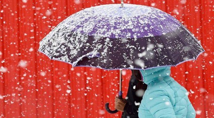 Η κακοκαιρία «Ιανός» φέρνει από αύριο το φθινόπωρο με ισχυρές βροχοπτώσεις και θυελλώδεις ανέμους