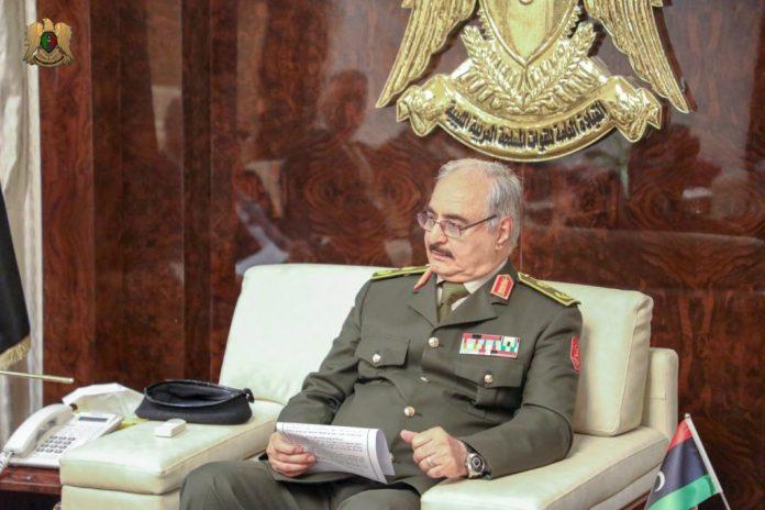 ΛΙΒΥΗ: Κατάπαυση του πυρός ανακοίνωσε ο Χαφτάρ