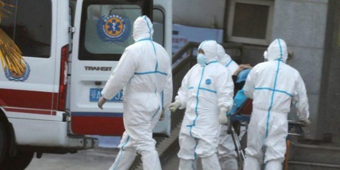Οι λοιμωξιολόγοι εισηγούνται lockdown στην Αττική με κλειστά σχολεία και λιανεμπόριο