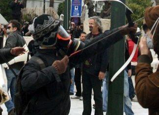 """Συνελήφθη ο """"Τοξοβόλος"""" του Συντάγματος"""