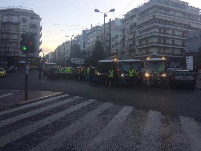 Σε πολυσύχναστους δρόμους της 2ης Δημοτικής Κοινότητας που μόνο τις Κυριακές προσφέρονται για παρεμβάσεις καθαριότητας μεγάλης έκτασης, αφού η κίνηση είναι περιορισμένη σε σχέση με τις καθημερινές, επικέντρωσε σήμερα την δράση του ο Δήμος Αθηναίων.