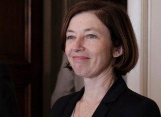 Νηστική έφυγε από την Αθήνα η Γαλλίδα υπουργός Άμυνας