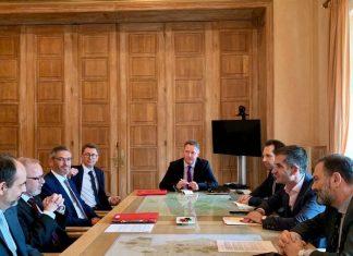 """Συνεργασία Δήμου και Ευρωπαϊκής Τράπεζας Επενδύσεων """"πρασινίζει"""" την Αθήνα"""