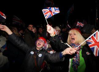 Brexit: Οι Βρετανοί γλεντούν για την ιστορική έξοδο από την Ευρωπαϊκή Ένωση