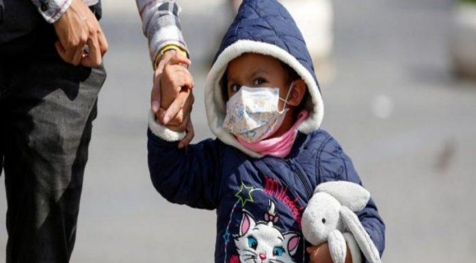 Τα παιδιά παράγουν διαφορετικά και πιο εξασθενημένα αντισώματα έναντι του κορωνοϊού