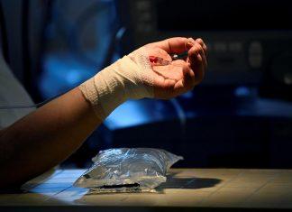 Κορωνοϊός: Στους 479 οι διασωληνωμένοι, 43 θάνατοι, 2.633 κρούσματα