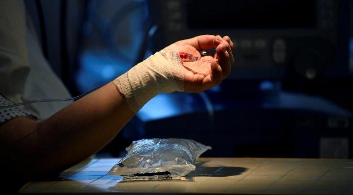 Κορωνοιός: 516 κρούσματα τα 230 στην Αττική - 27 νέοι θάνατοι